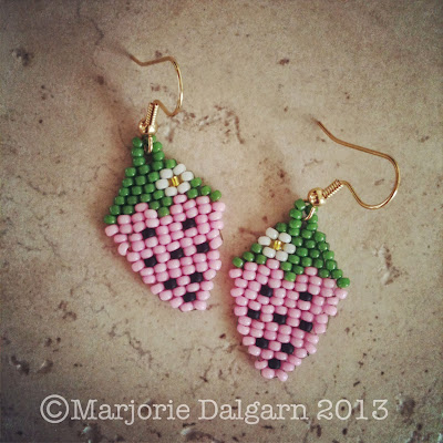 living with ThreeMoonBabies | Strawberry Earrings Beading Pattern