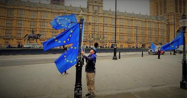 Το Brexit, το ξήλωμα του πουλόβερ και οι ευρωεκλογές