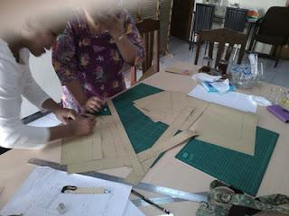 membuat pola tas