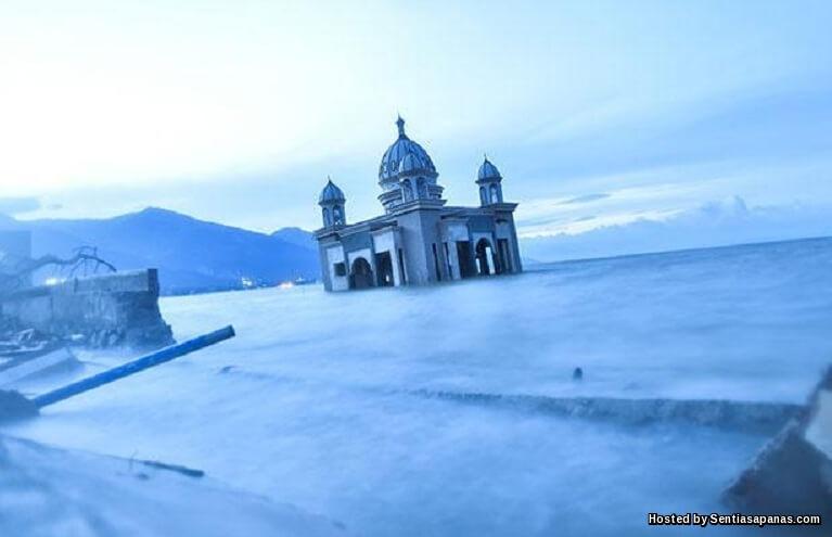Masjid Tsunami Palu