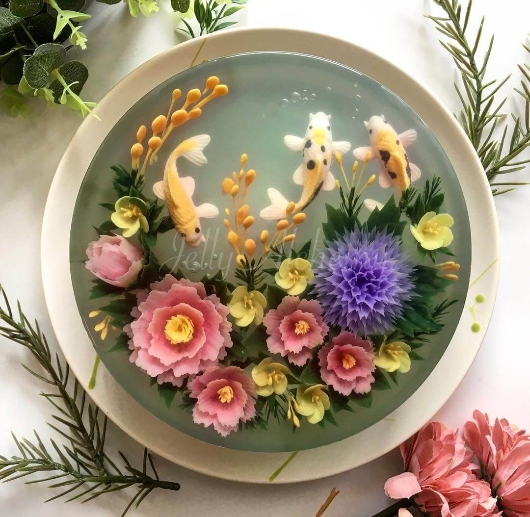 03-3-Koi-Fish-Pond-Siew-Heng-Boon-Flowers-in-Food-Art-3D-Jelly-Cakes-www-designstack-co