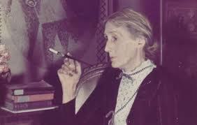 Virginia Woolf fumando