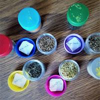 diy dla dzieci pojemniczki zapachowe DIY Montessori