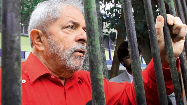 Lula preso até às 17h desta sexta, determina Sérgio Moro