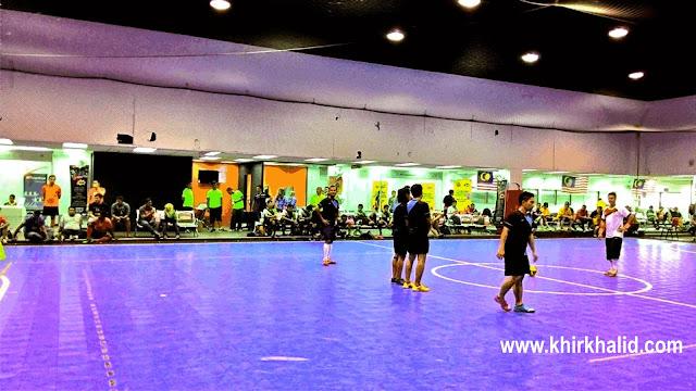 Black main futsal di UTC Pudu Central