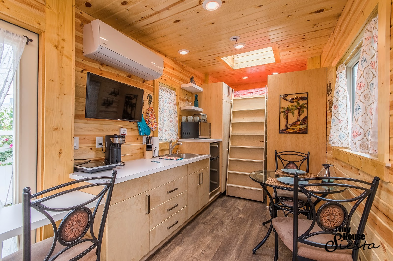 Tiny Home Designs: TINY HOUSE TOWN: The Dragonfly At Tiny House Siesta