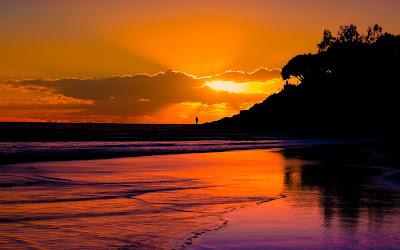 Hoàng hôn vàng- Sông Cửu