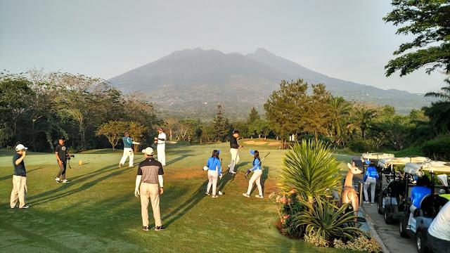 hole pertama di Rancamaya Golf Bogor
