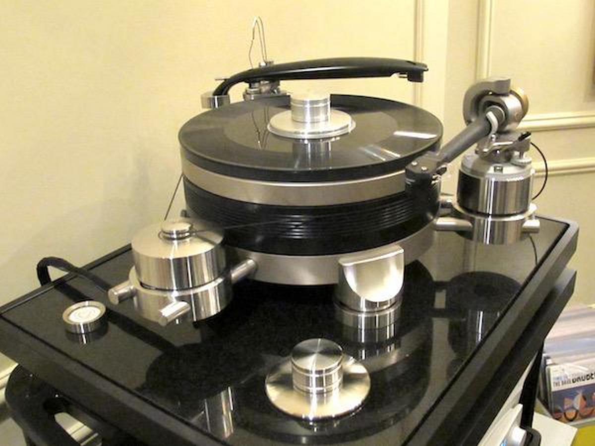 Audio Turntable Motor : Wizard high end audio continuum new turntable at ces