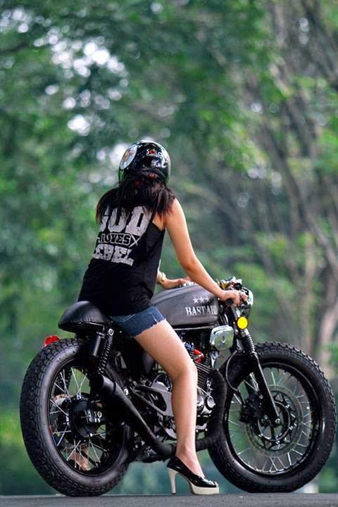Modifikasi Motor Keren Ala Custom Bike Asal Solo