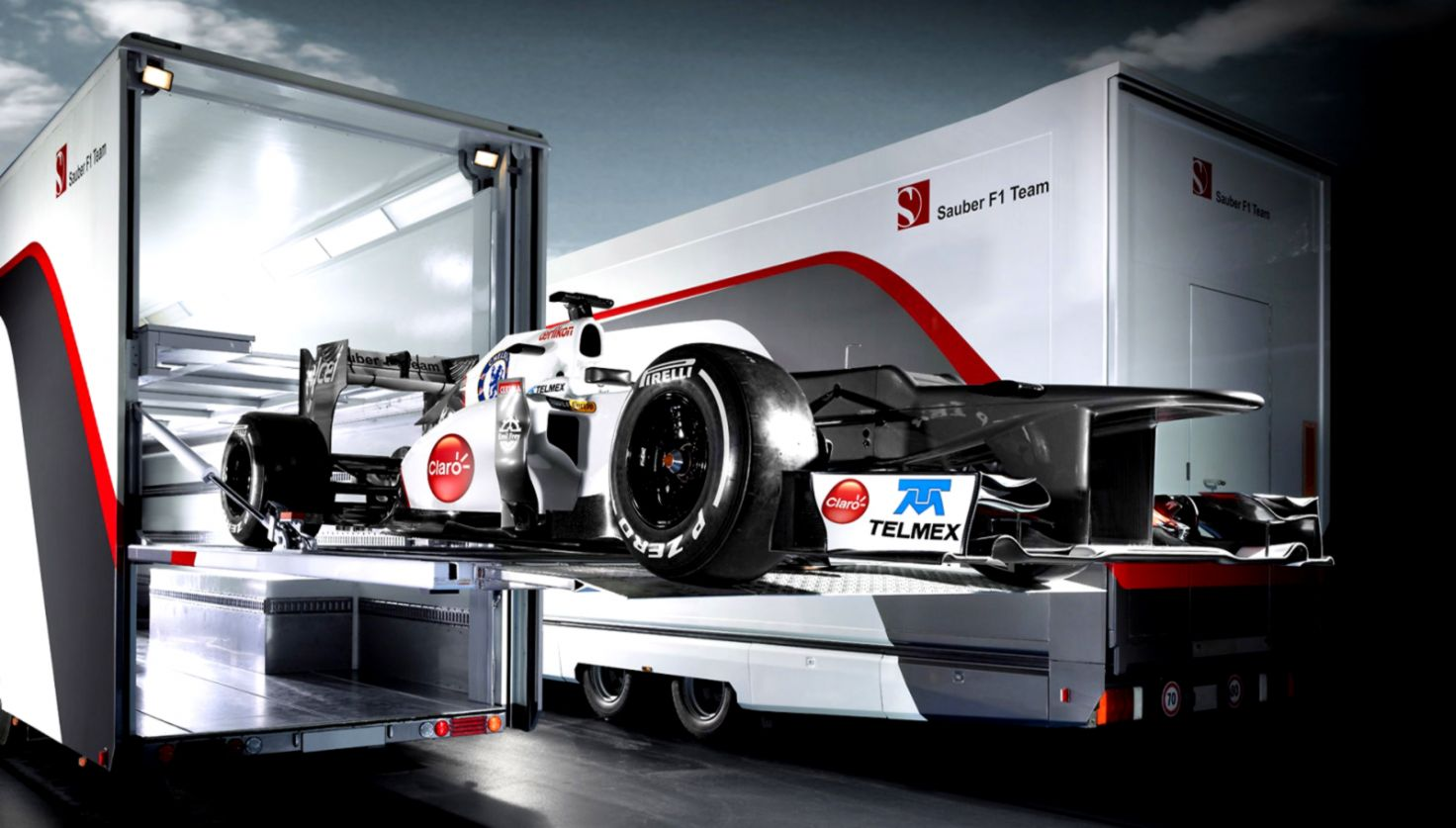 Formula 1 Garage Hd Wallpaper Wallpapers Ideas