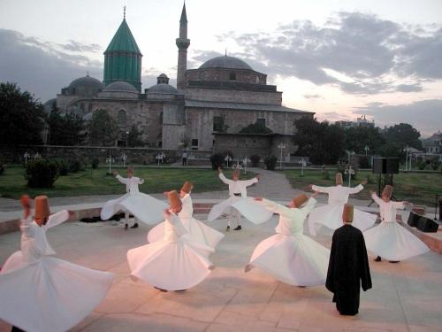 Kata Bijak Cinta Jalaludin Rumi