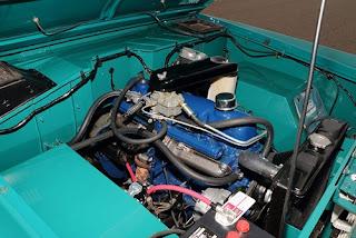 1967 Ford Bronco Half Cab Engine 02