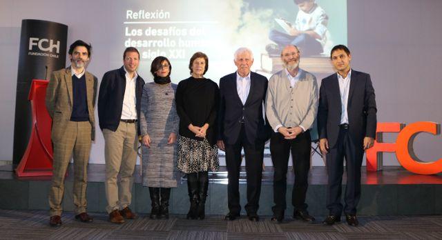 Patricio Meller lanza libro que redefine enfoque de la educación en Chile