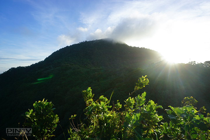 TRIP GUIDE: Mt. Maculot Day Hike (Traverse)