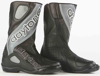 Sepatu Balap  Daytona Evo Sport