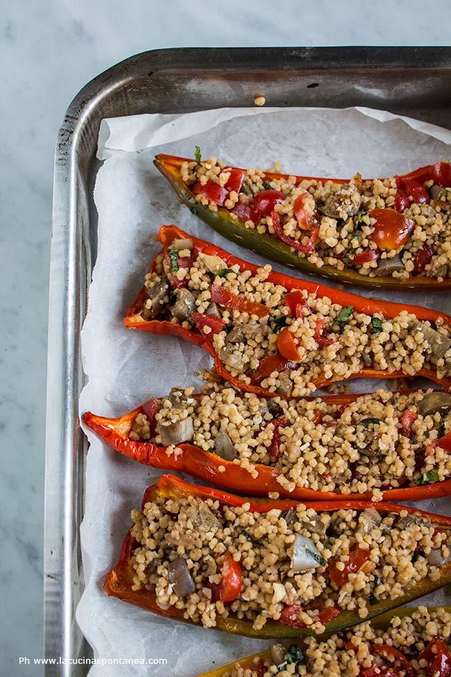 Immagine contenente peperoni ripieni prima della cottura