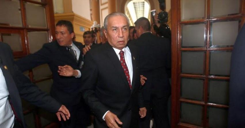 Informe del Congreso recomienda archivar en parte denuncia contra ex fiscal Pedro Chávarry