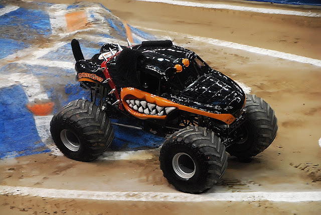 Monster Jam Triple Threat in CLE | MM Rottweiler