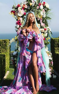 Beyonce Reveals The Face Her Twins (Photos)