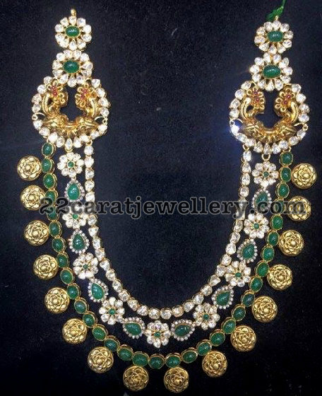 Pachi Emerald Set with Floral Clasps