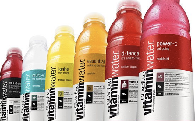 CAN MILLENNIALS PUT DOWN THEIR SMARTPHONE FOR ONE YEAR IF $100,000 IS ON THE LINE? VITAMINWATER OFFERS A CHALLENGE