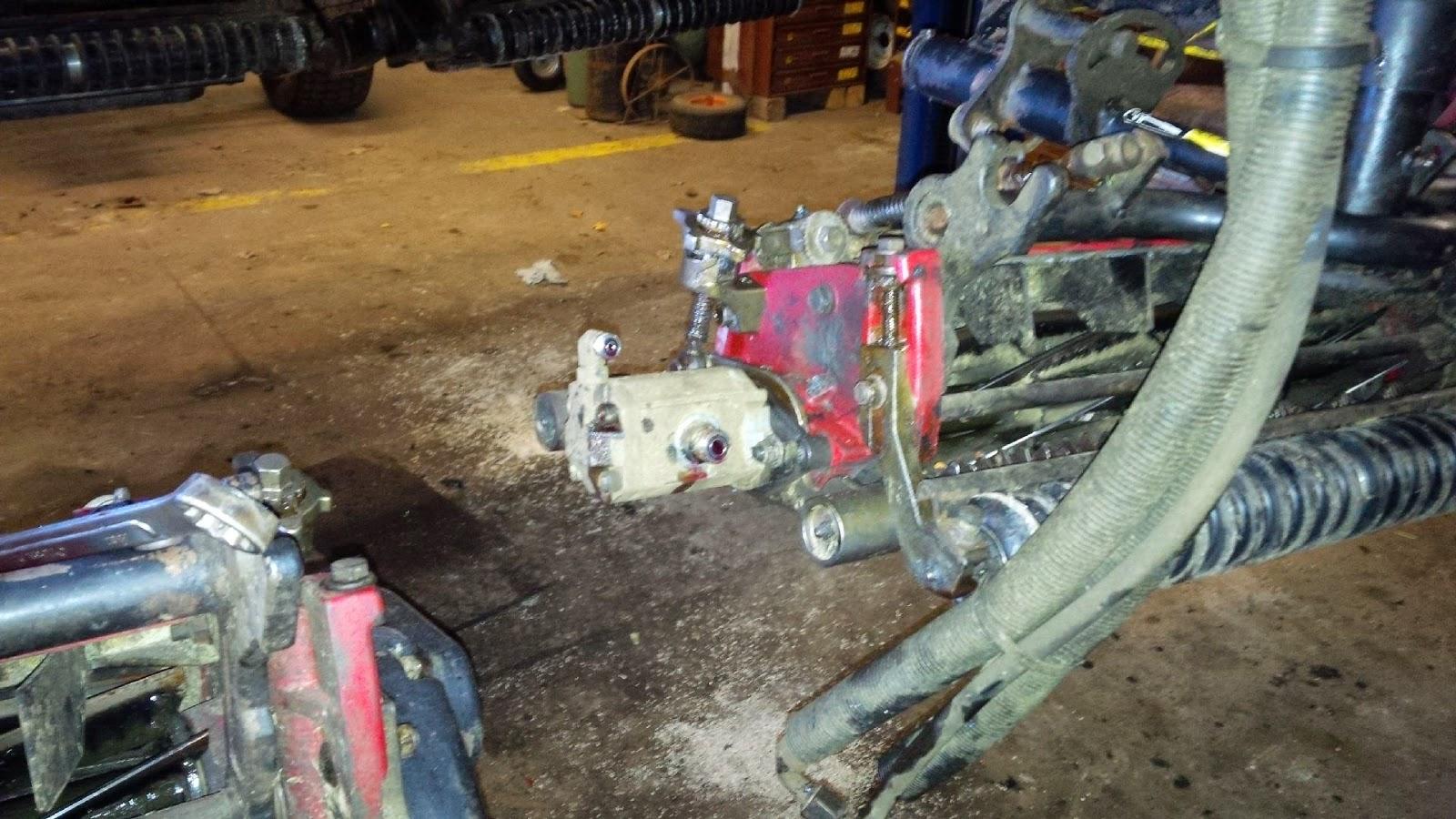 Bobs Shop: Toro 5410 reel motor rebuild