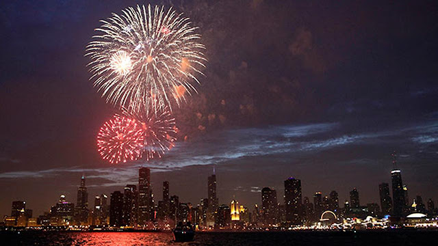4th Of July 2017 Parades & Fireworks In Chicago, IL