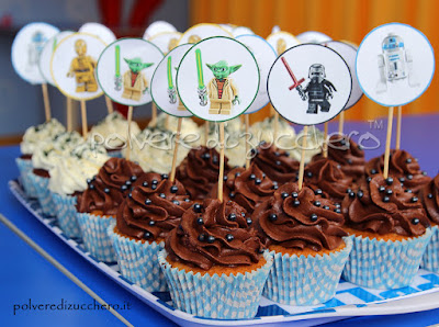star wars lego yoda darth vader pasta di zucchero polvere di zucchero torta decorata cake design pasta di zucchero cupcakes