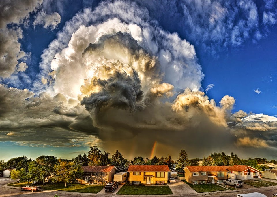 Unbelievable supercell storm cloud