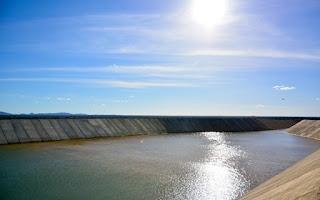 Vídeo mostra rompimento de barragem da transposição em Sertânia