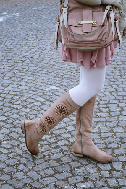 Na prechádzke_Katharine-fashion is beautiful_Zlatá bunda_Katarína Jakubčová_Fashion blogger