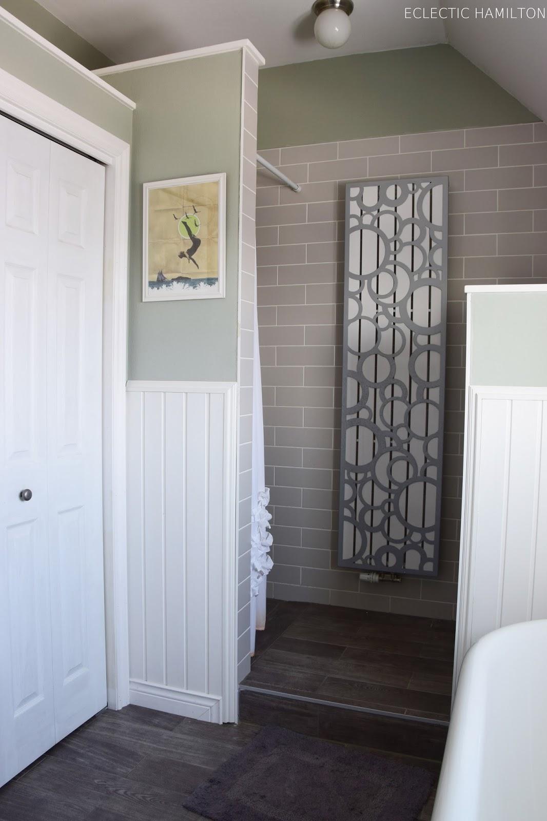 meine badezimmer-deko und gute gedanken hinter glas - eclectic