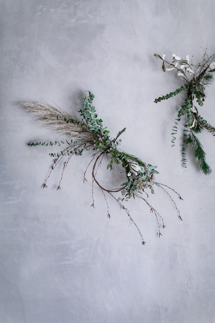 Asymmetrical wreath via Local Milk