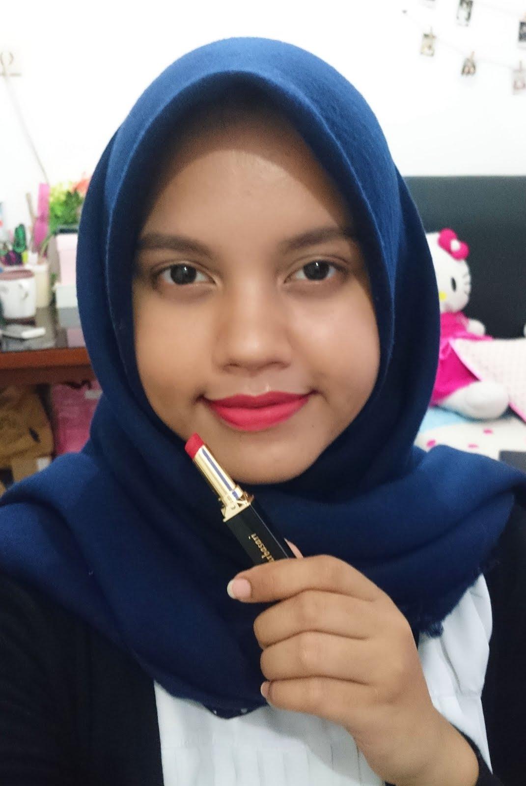 Makeup Review Purbasari Lipstick Color Matte 81 83 86 88 89 Lipstik Paling  Original Ini Warnanya Orange Dengan Hint Merah Satu Satunya Warna Di Seri Saat Diaplikasikan Langsung Semua Terang