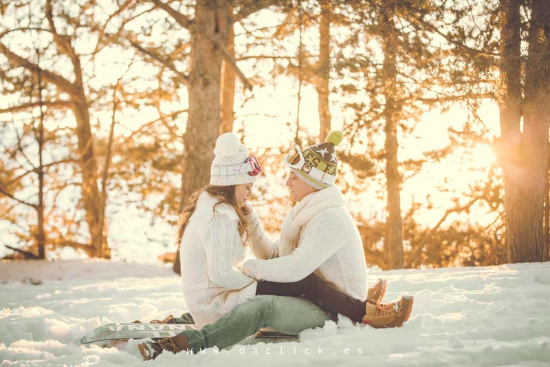 sentados en la nieve
