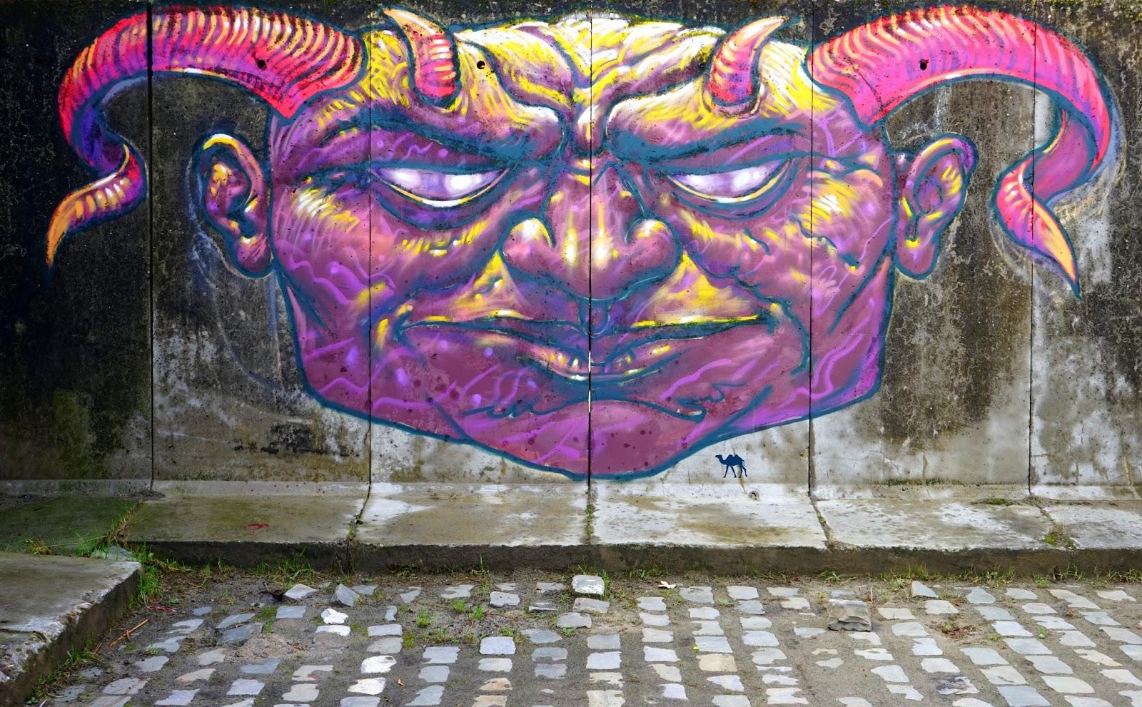 Le Chameau Bleu - Gent Glas - Street art 2