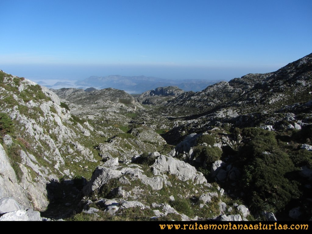 Ruta Ercina, Verdilluenga, Punta Gregoriana, Cabrones:Subiendo por la Campera de Haces