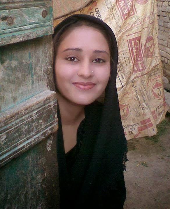 Beautiful Pakistani Desi Village Girls New 2015 Photos - Beautiful Desi Sexy Girls Hot Videos -7384