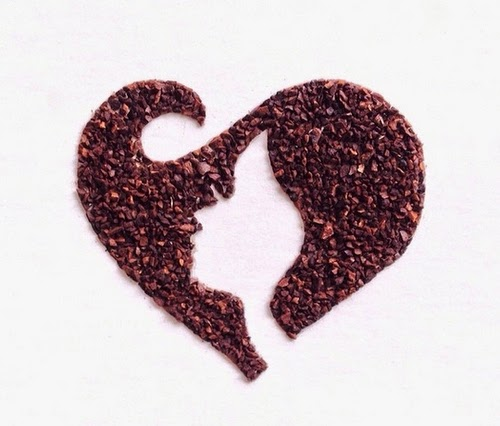 05-Heart-Face-Coffee-Grinds-Drawings-Liv-Buranday-www-designstack-co