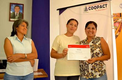 Escuela de exelencia fortalece especialistas en cacao y chocolates