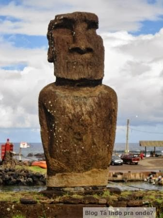 moai em Hanga Roa