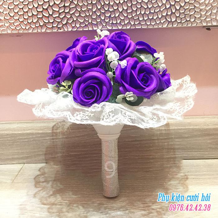 Hoa cam tay co dau HC015