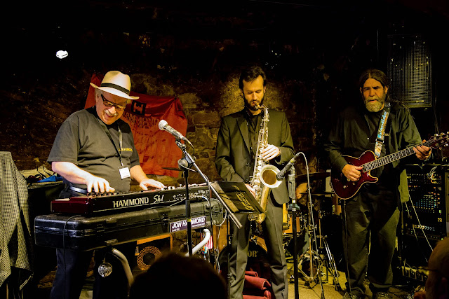 jazz funk soul blues - Jon Hammond's name
