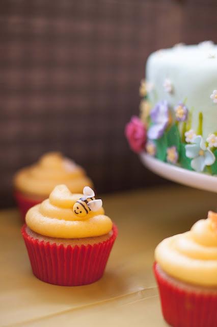 Winnie the Pooh Bee Cupcake