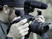LOWONGAN:     *Videographer* & *Photographer*