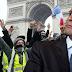 Δημοσκόπηση-75% των Γάλλων πολιτών ρίχνουν τον Μακρόν από την καρέκλα του. «Φύγε δεν σε θέλουμε».
