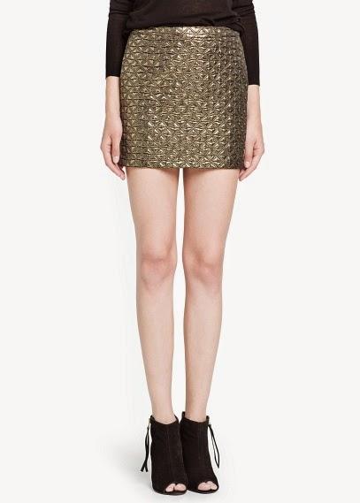http://www.mangooutlet.com/ES/p0/mujer/prendas/faldas/falda-jacquard-metalizado/
