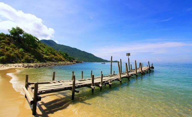 Con đường xuyên biển ở Điệp Sơn
