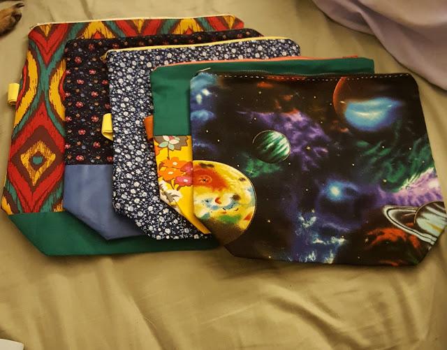 sewing, knitting, crochet, project bag, zipper bag, makeup bag, fabric, diy, handmade